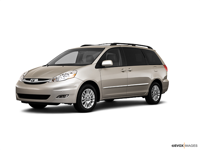 2010 Toyota Sienna XLE Minivan Merriam KS