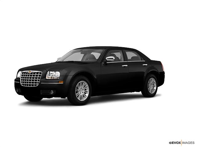 2010 Chrysler 300 TOURING 4dr Car
