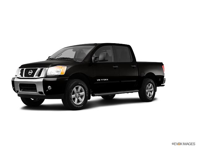 2013 Nissan Titan 4WD CREW CAB SWB SV  NC