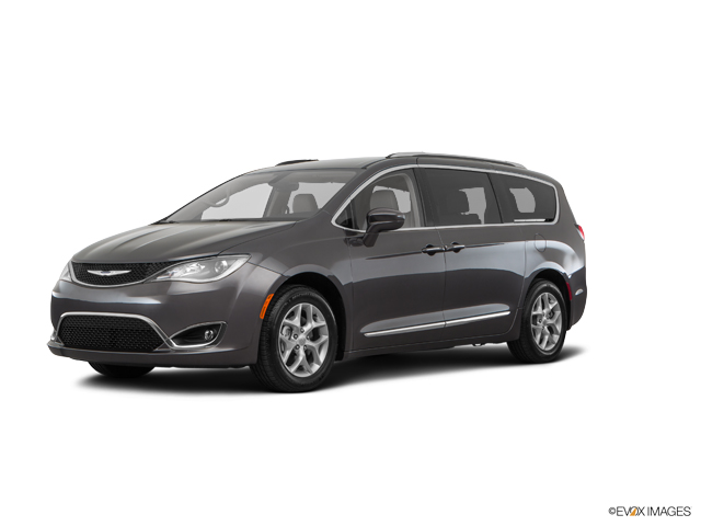 2017 Chrysler Pacifica TOURING-L Minivan Wilmington NC