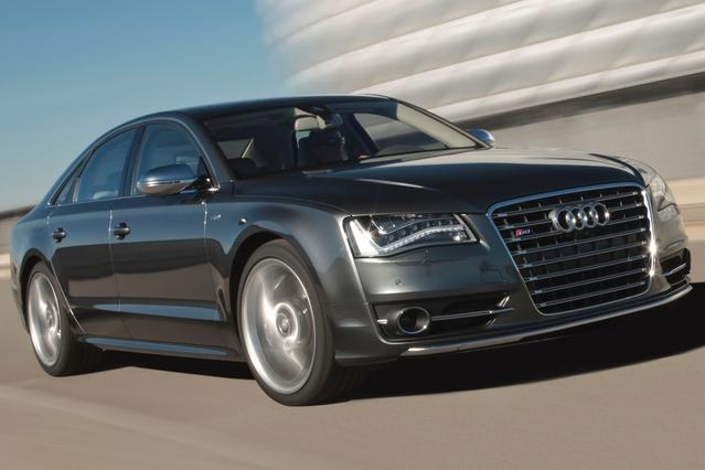 2013 Audi S8 4.0T Slide 0