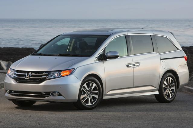 2015 Honda Odyssey EX-L Minivan Slide 0
