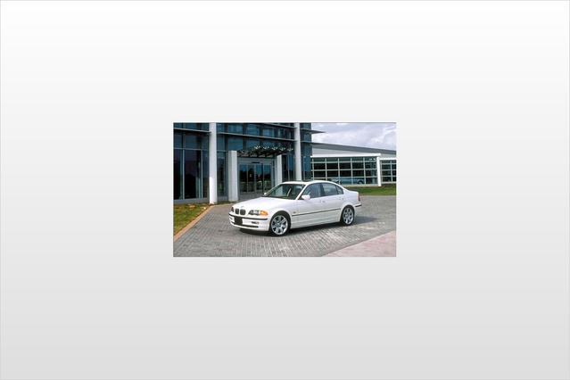 1999 BMW 3 Series 323I Slide 0