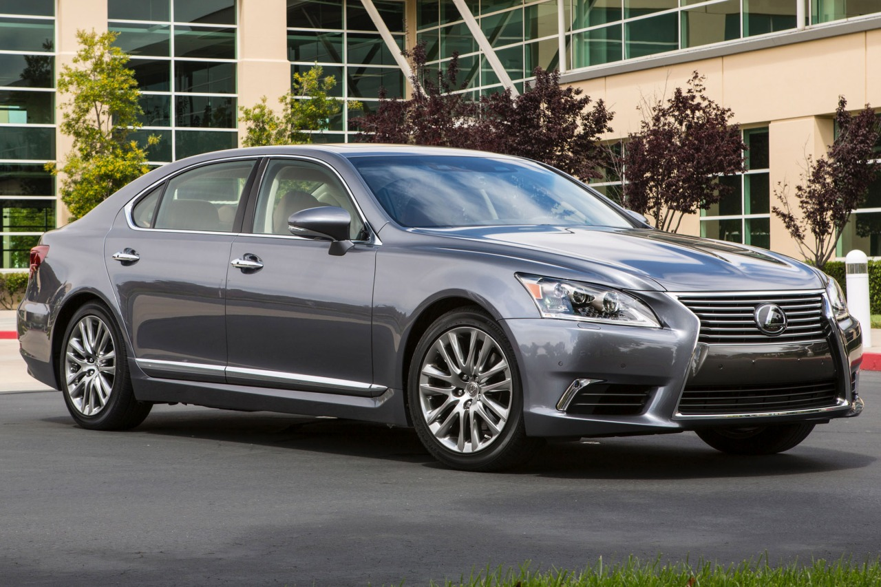 2014 Lexus LS 460 4dr Car Slide 0