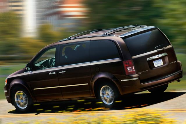 2010 Chrysler Town & Country TOURING PLUS Minivan Hillsborough NC