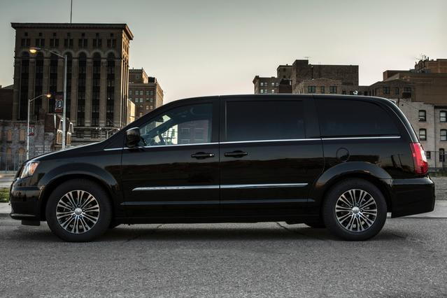 2014 Chrysler Town & Country TOURING Mini-van, Passenger Hillsborough NC
