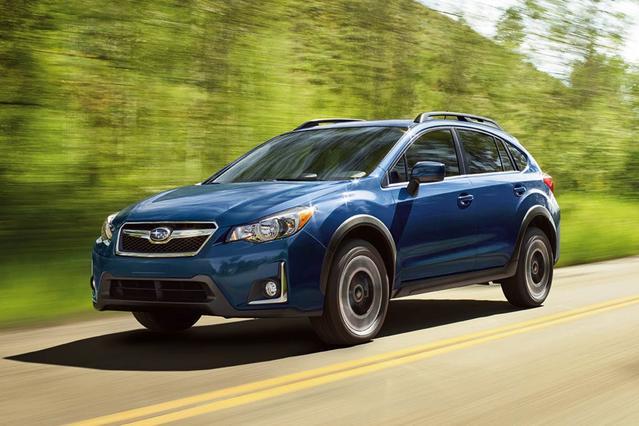 2016 Subaru Crosstrek LIMITED SUV Slide 0