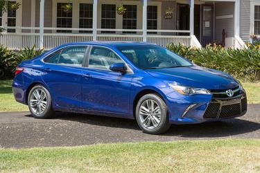 2016 Toyota Camry HYBRID LE 4dr Car Hillsborough NC