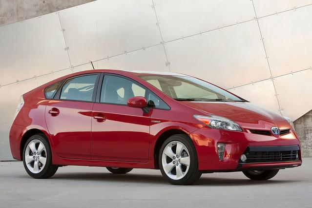 2012 Toyota Prius THREE Hatchback Slide 0