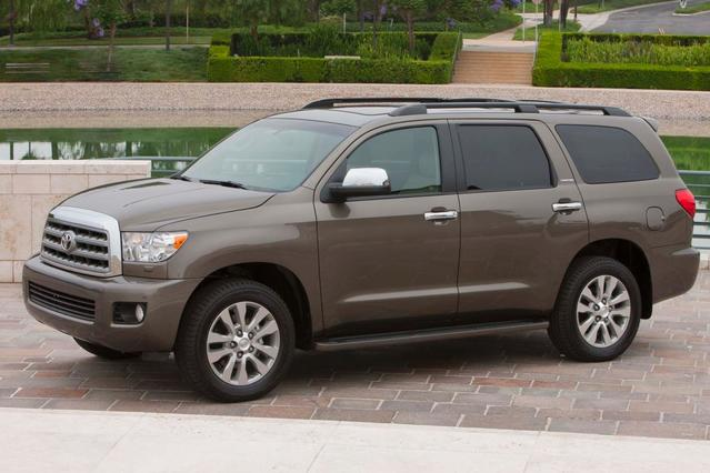2015 Toyota Sequoia LIMITED Slide 0
