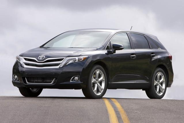 2014 Toyota Venza XLE AWD XLE V6 4dr Crossover Slide 0