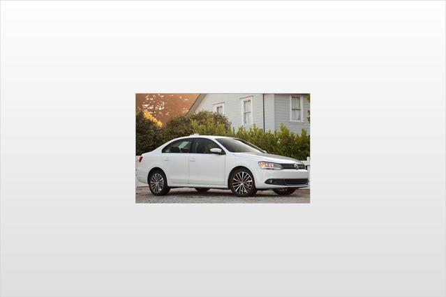 2012 Volkswagen Jetta Sedan SE 4dr Car Slide 0