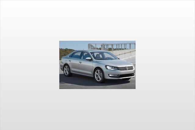 2012 Volkswagen Passat TDI SEL PREMIUM Slide 0