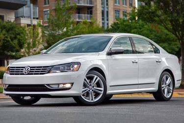 2015 Volkswagen Passat 1.8T LIMITED EDITION Slide