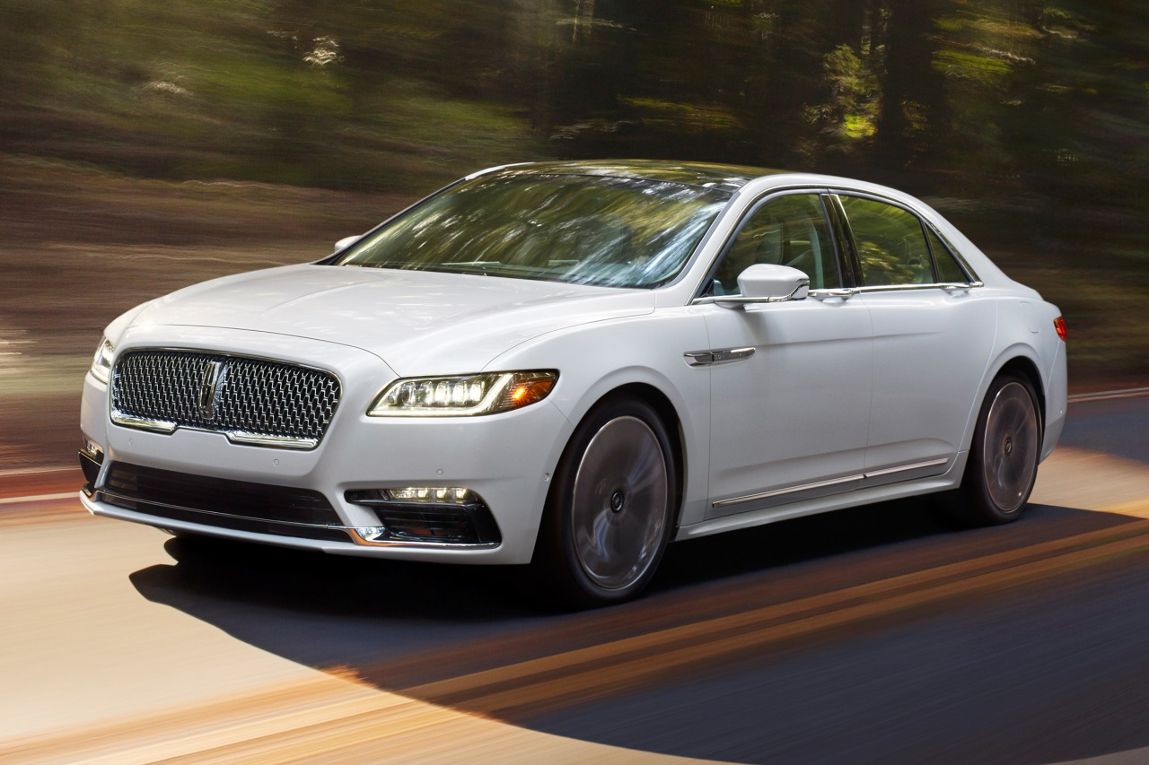 2017 Lincoln Continental SELECT 4dr Car Slide 0
