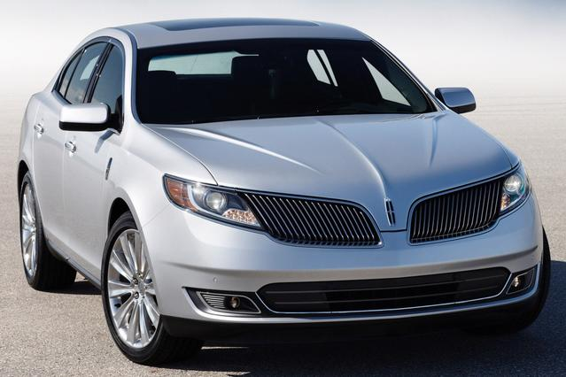 2013 Lincoln MKS  4dr Car Slide 0