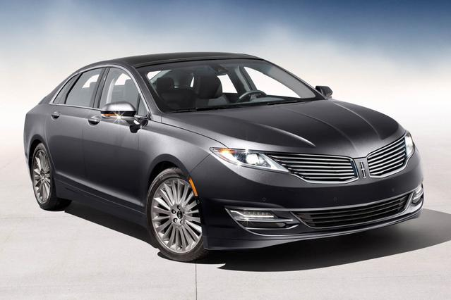 2014 Lincoln MKZ BASE 4dr Car Slide 0