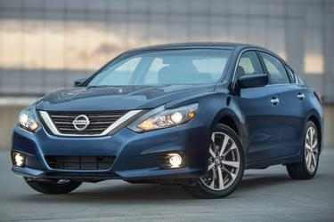 2016 Nissan Altima 2.5 S Sedan Slide