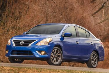 2015 Nissan Versa S Sedan Merriam KS