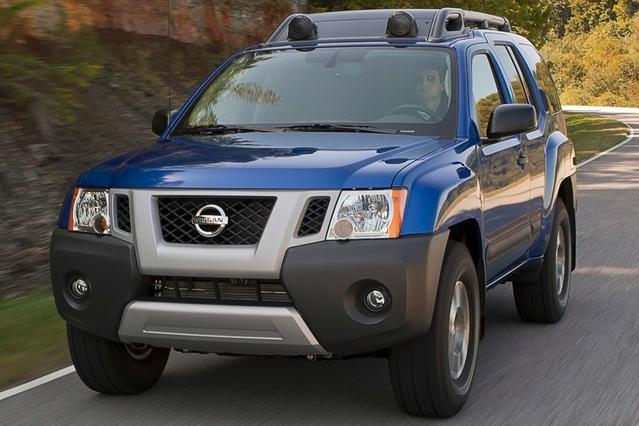2014 Nissan Xterra PRO SUV Slide 0