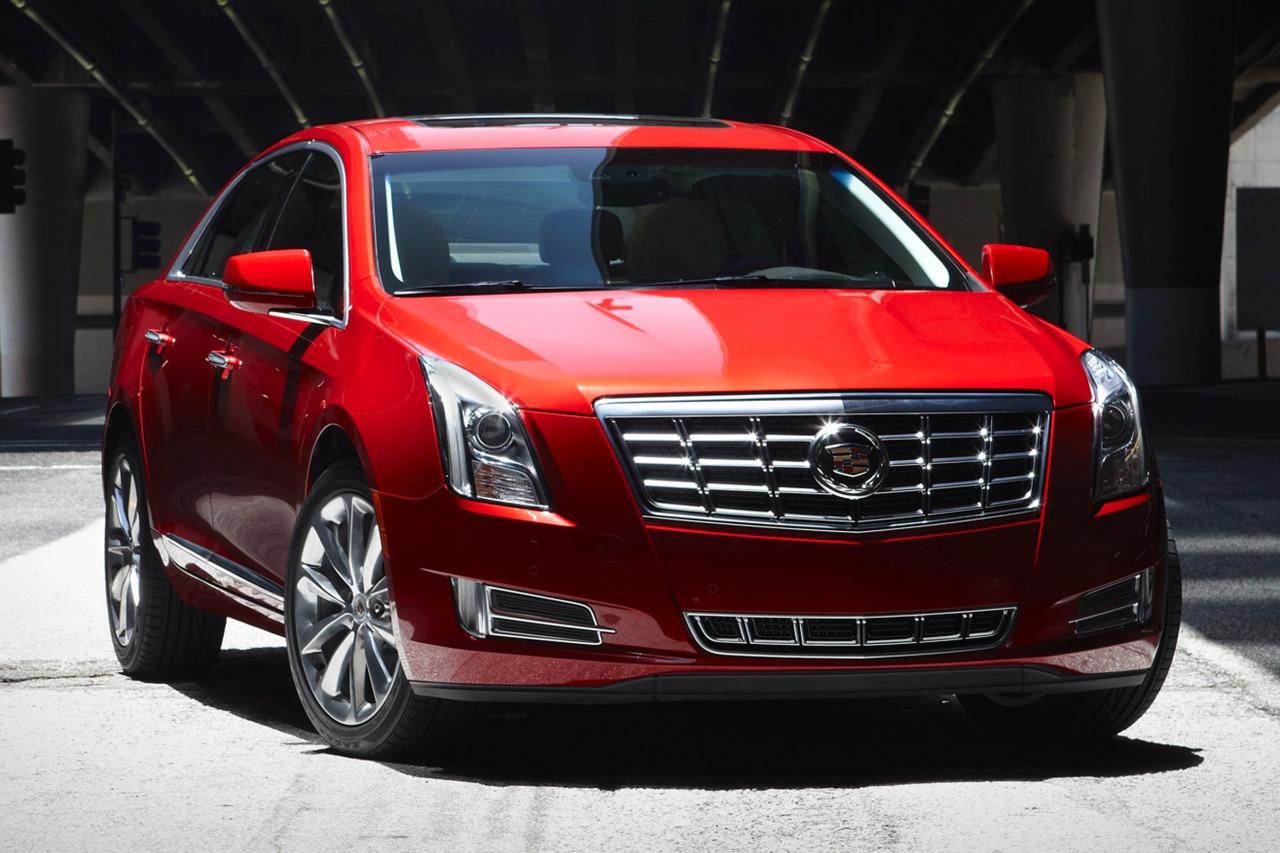 2013 Cadillac Xts LUXURY 4dr Car Slide 0