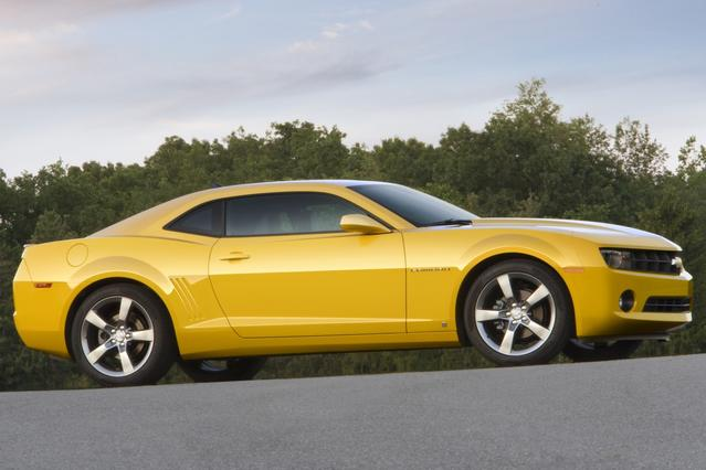 2010 Chevrolet Camaro 1LT 2dr Car Slide 0