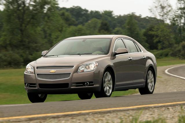 2011 Chevrolet Malibu LT 4D Sedan Slide 0