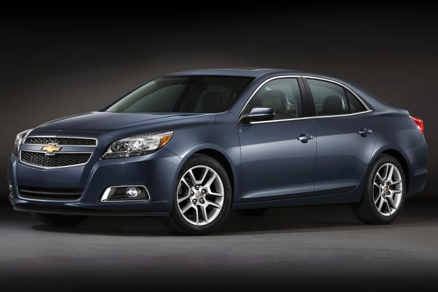 2013 Chevrolet Malibu LS 4dr Car Slide 0