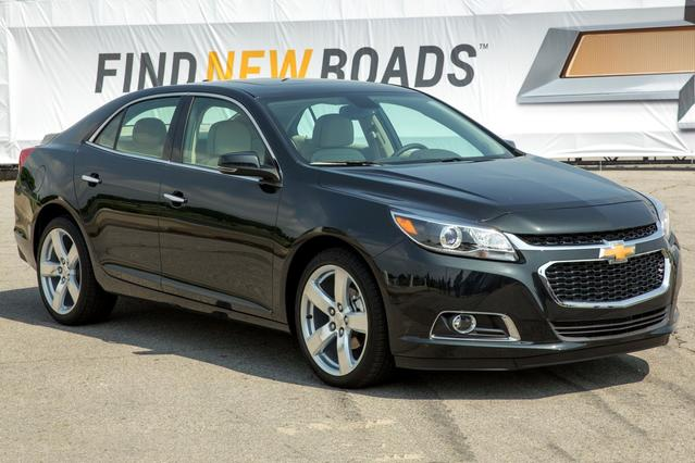 2016 Chevrolet Malibu Limited LT Sedan Slide 0