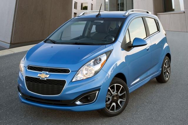 2015 Chevrolet Spark LS Hatchback Slide 0
