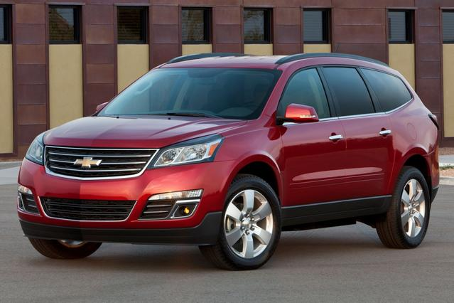 2015 Chevrolet Traverse LS Slide 0