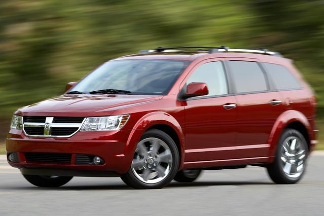 2010 Dodge Journey SXT Sport Utility Slide 0