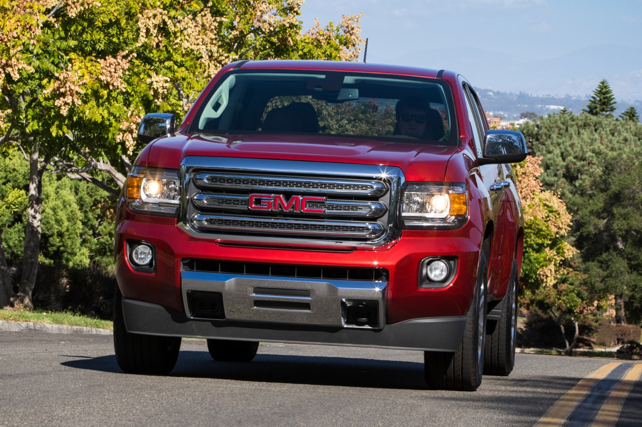 2015 GMC Canyon 4WD SLT Short Bed Slide 0