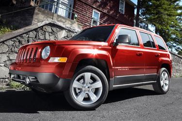 2013 Jeep Patriot LATITUDE SUV Slide