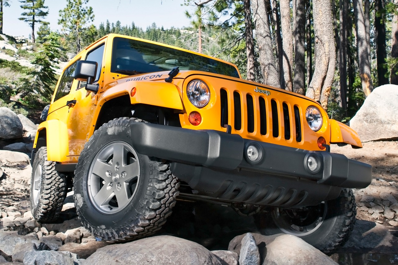 2014 Jeep Wrangler UNLIMITED SAHARA Convertible Slide 0