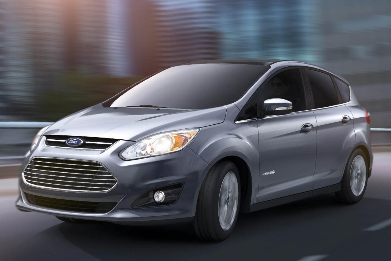 2015 Ford C-Max Hybrid SEL Hatchback Slide 0