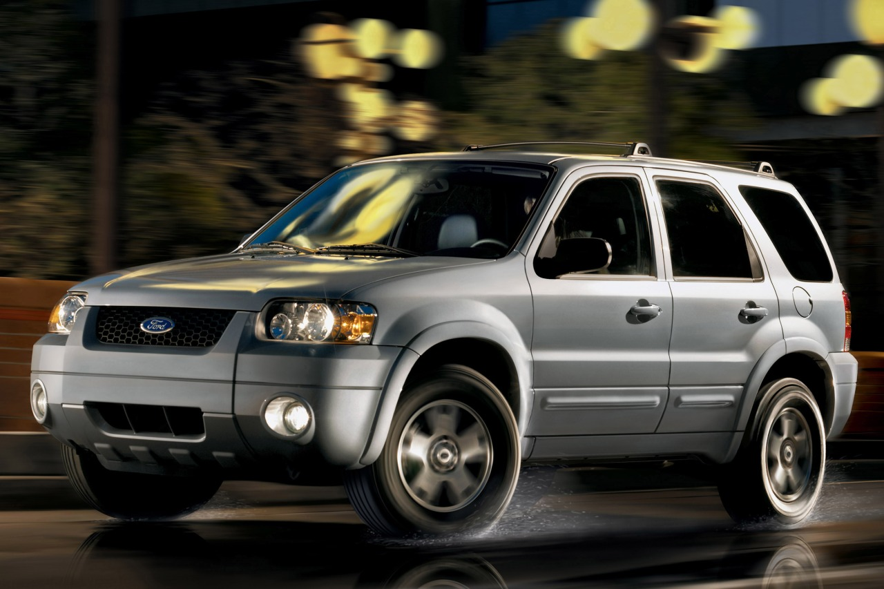2007 Ford Escape XLT SUV Slide 0