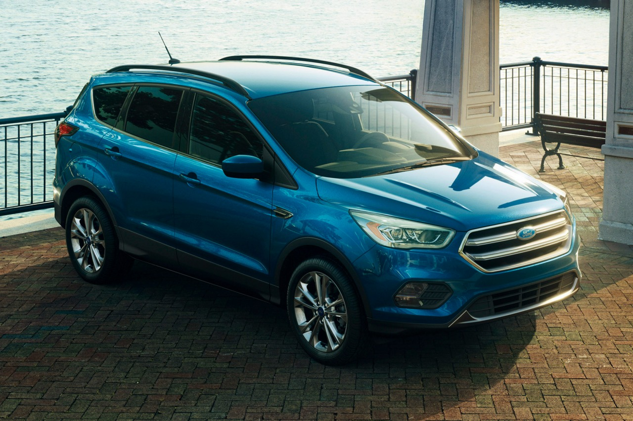 2017 Ford Escape TITANIUM SUV Slide 0