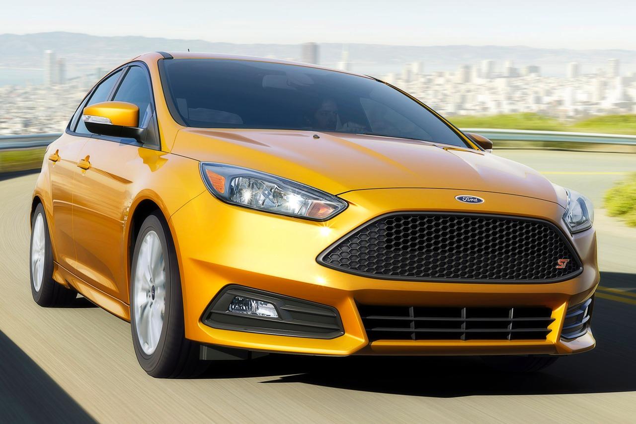 2016 Ford Focus ST Hatchback Slide 0