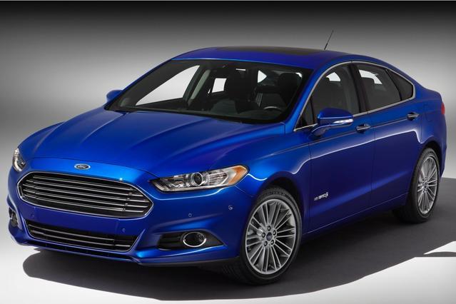 2014 Ford Fusion TITANIUM HYBRID 4dr Car Slide 0