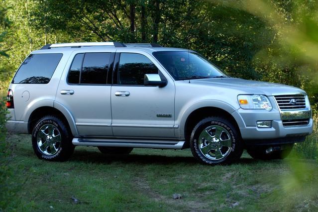 2008 Ford Explorer EDDIE BAUER 4x4 Eddie Bauer 4dr SUV (V6) Chapel Hill NC