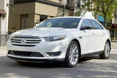 2016 Ford Taurus SHO 4dr Car Slide