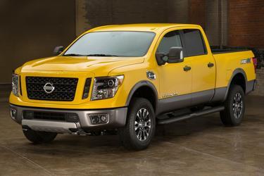 2016 Nissan Titan XD 2WD CREW CAB PLATINUM RESERVE DIESE