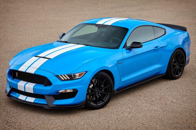 2017 Ford Mustang SHELBY GT350 2dr Car Slide 0
