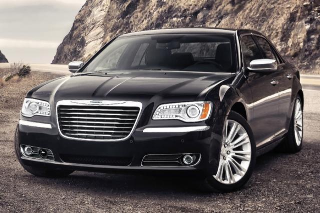 2012 Chrysler 300 LIMITED 4dr Car Slide 0
