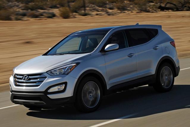 2017 Hyundai Santa Fe Sport 2.0L TURBO SUV Slide 0