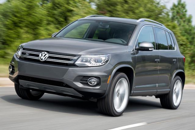 2016 Volkswagen Tiguan S SUV Slide 0
