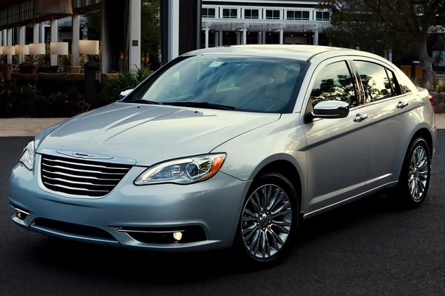 2013 Chrysler 200 TOURING Convertible Slide 0