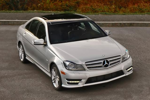 2013 Mercedes-Benz C-Class C 300 4dr Car Slide 0