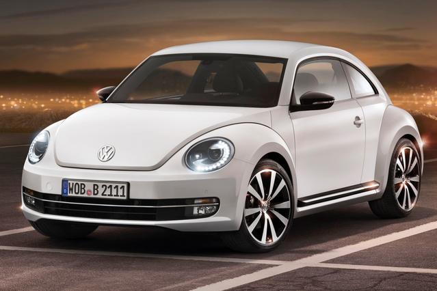 2014 Volkswagen Beetle Coupe 1.8T W/SUN Hatchback Slide 0